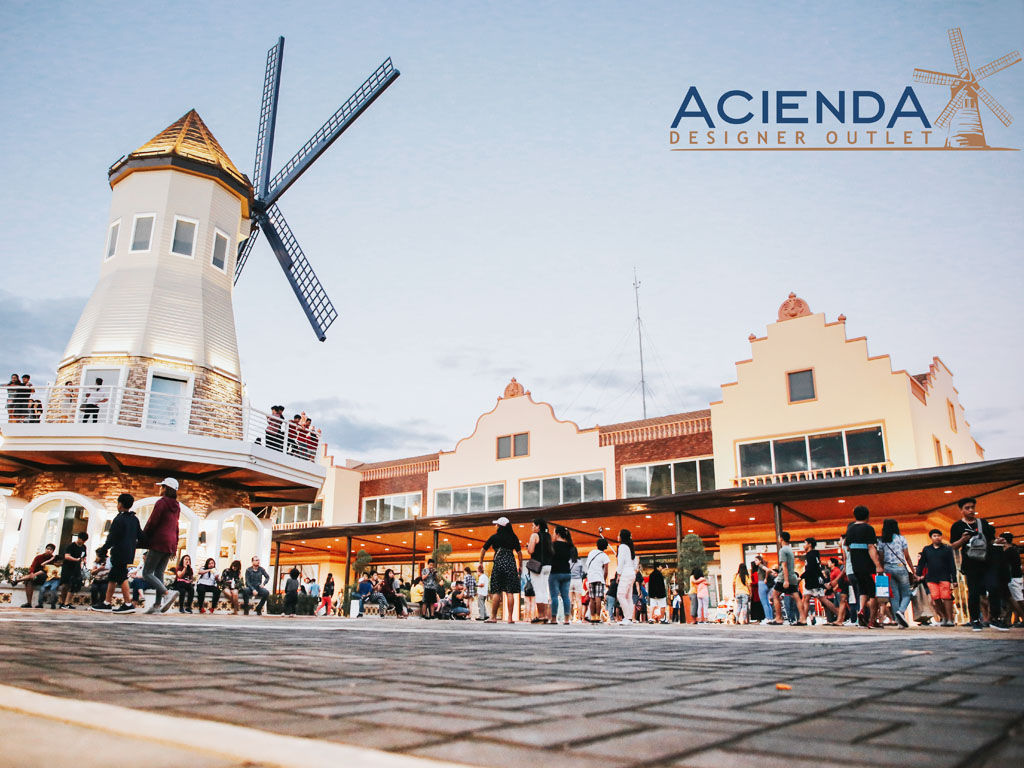 acienda designer outlet follow us