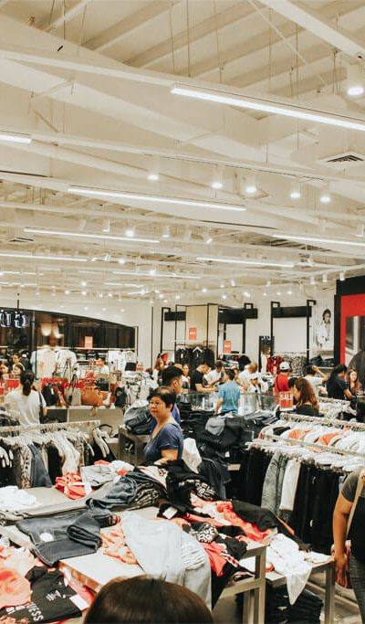 Acienda Guess Store 2
